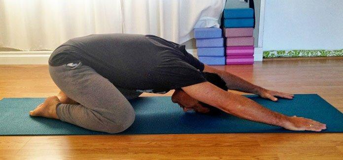 8 упражнений и поз из йоги, с которыми вы навсегда забудете о радикулите и болях в спине