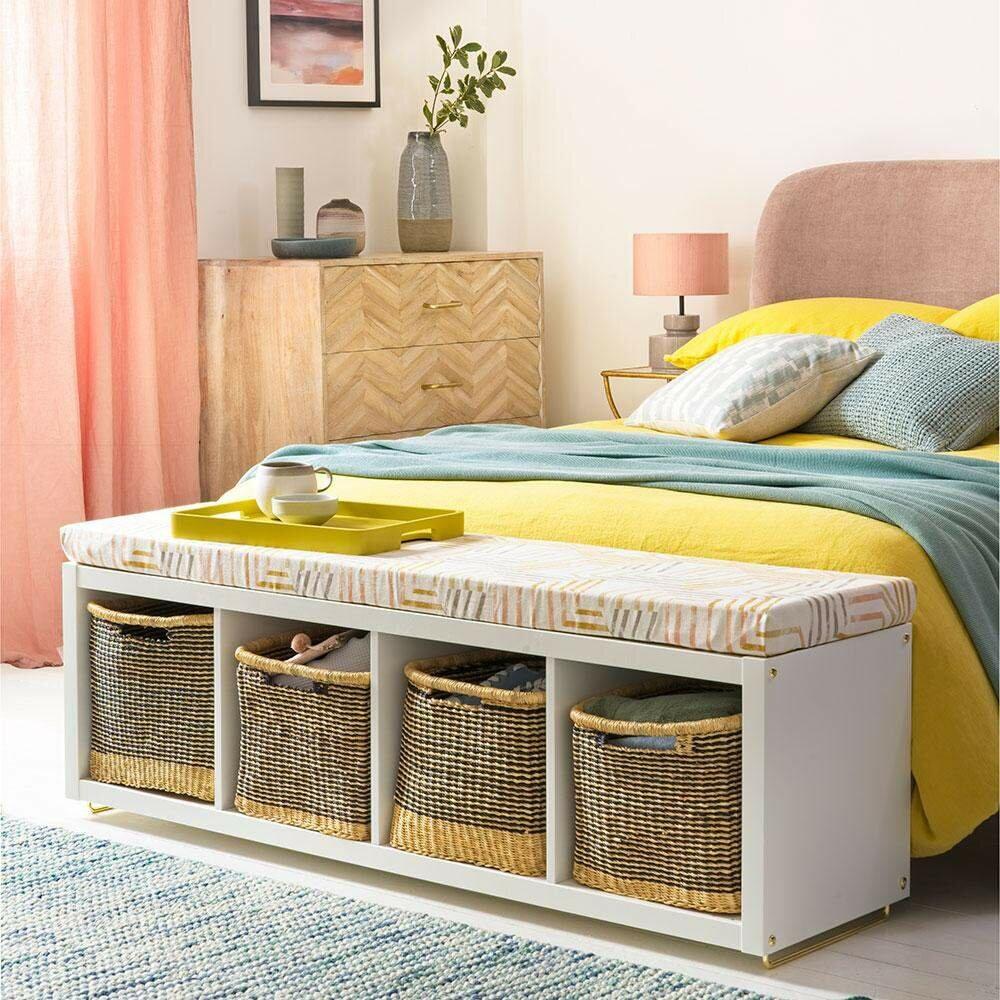 Додаткові місця для зберігання в спальні