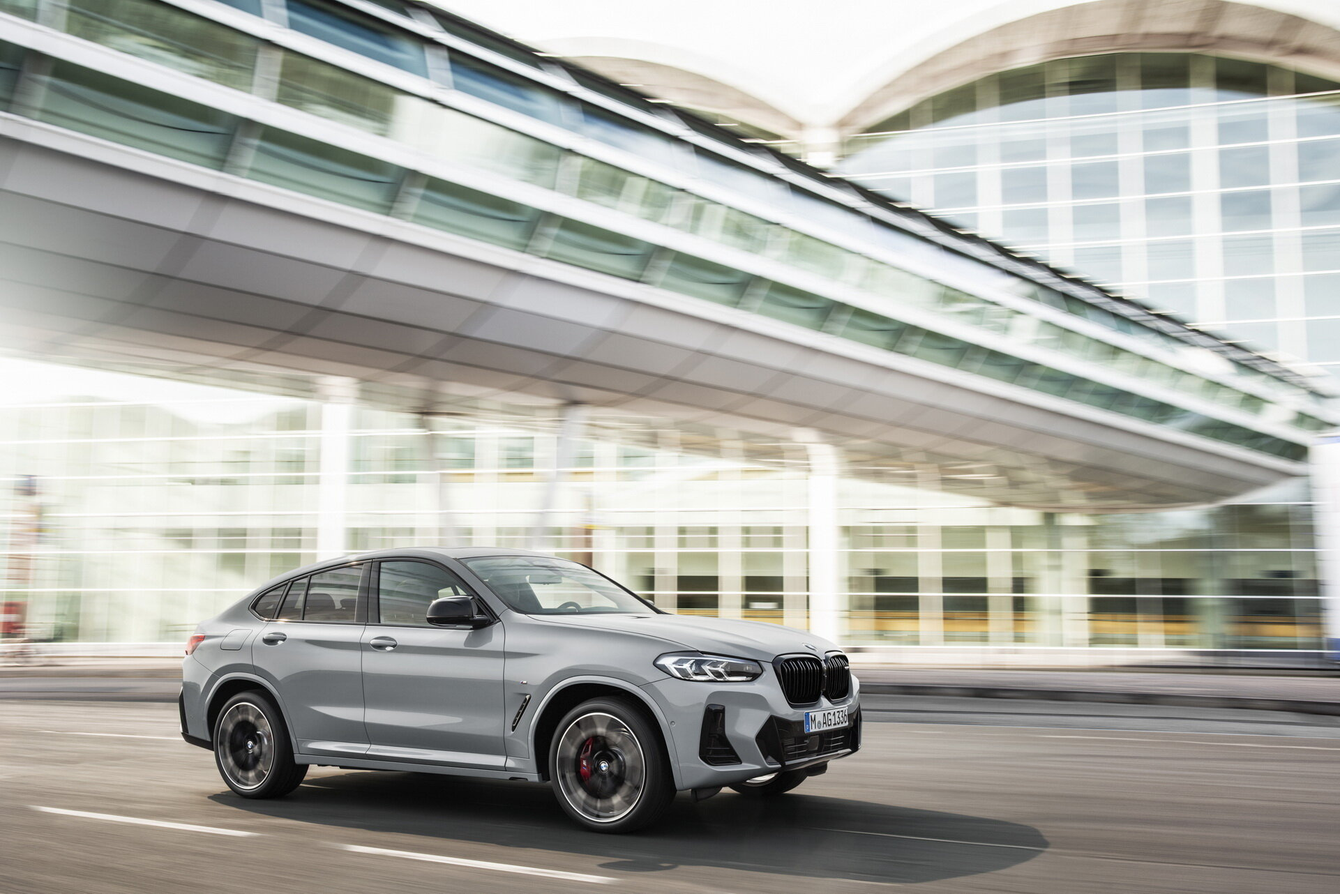 2022-BMW-X3-X4-33.jpg