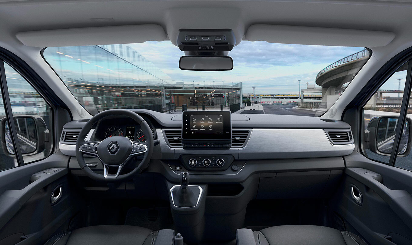 2020---new-renault-trafic-spaceclass-(1)