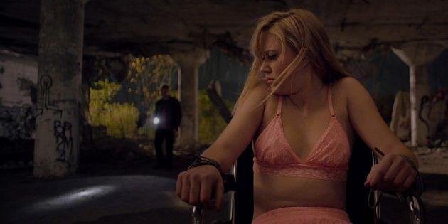 Кадр из американского фильма ужасов «Оно»