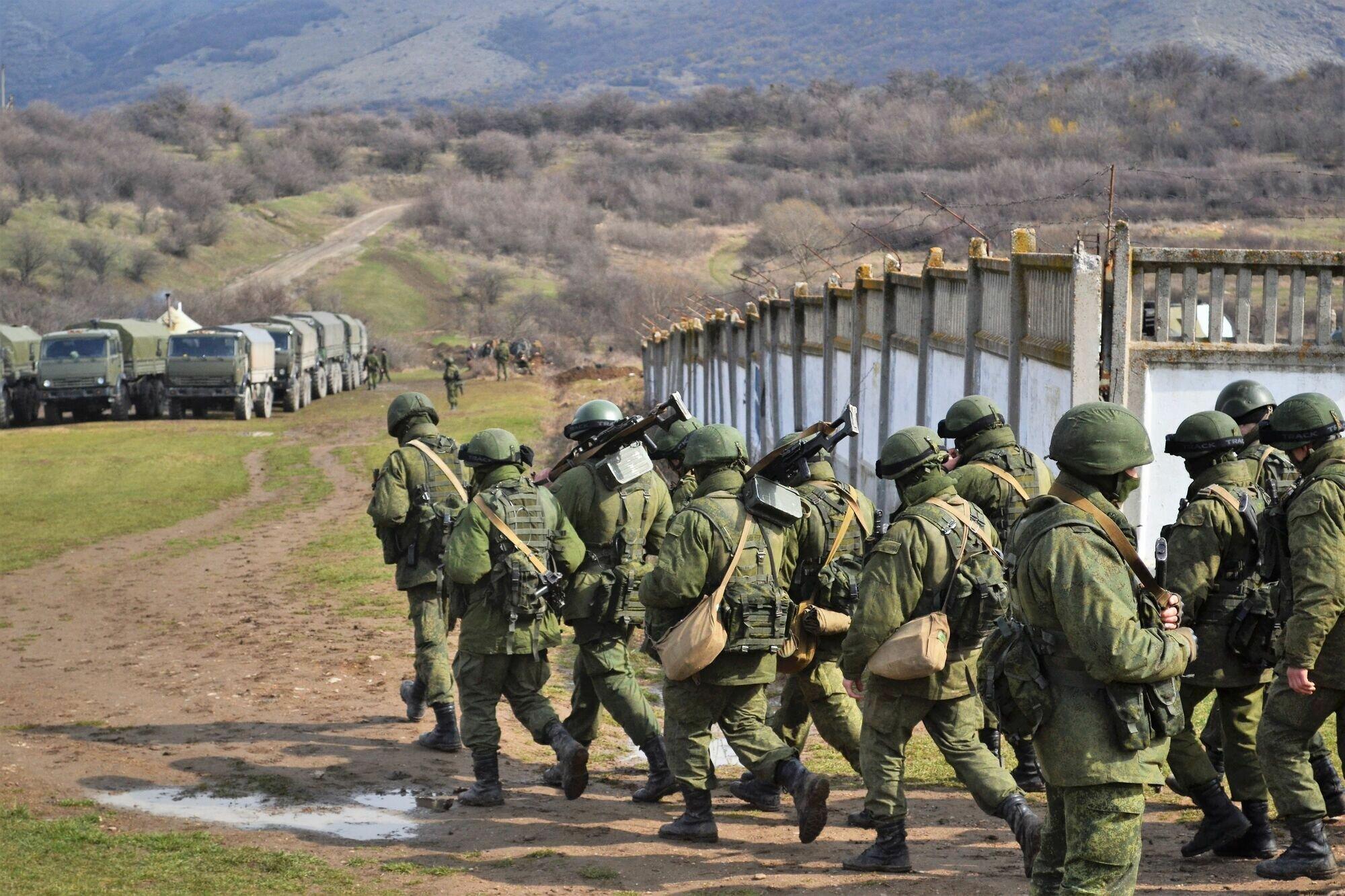 Россия захватила украинский полуостров Крым в марте 2014 года