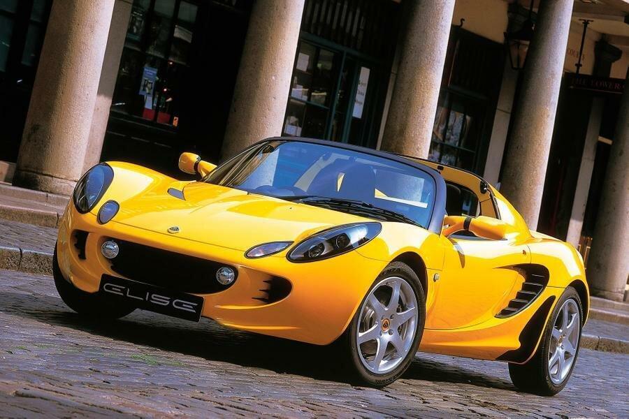 Lotus Elise известен спортивными повадками и... преклонным возрастом