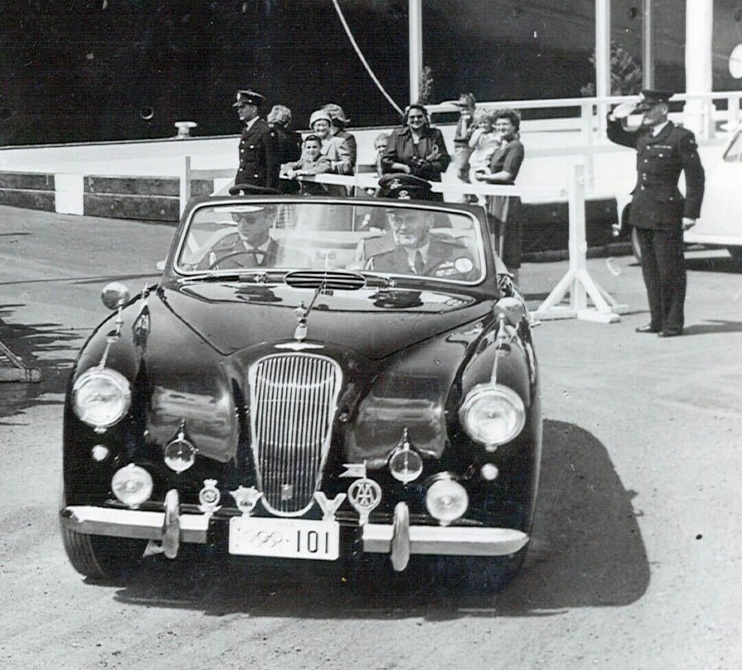 leaving-brittania-1954-lagonda-3-litre-d