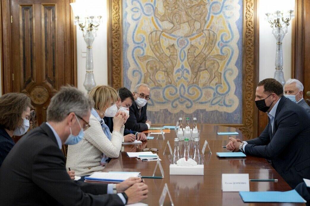 Глава ОПУ встретился с генеральным секретарем ОБСЕ