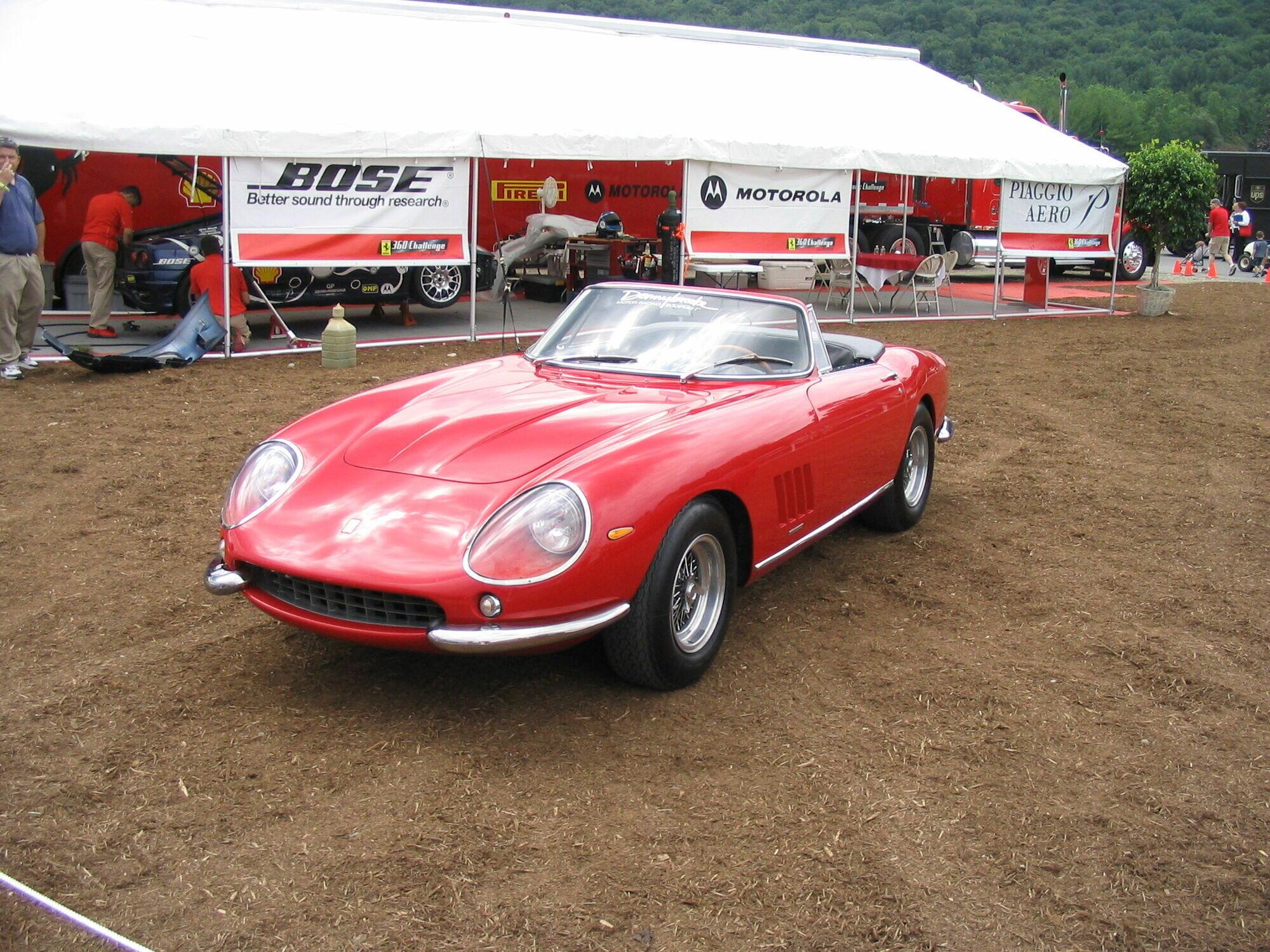 Ferrari 275 GTB NART продали за 27,5 млн долл.