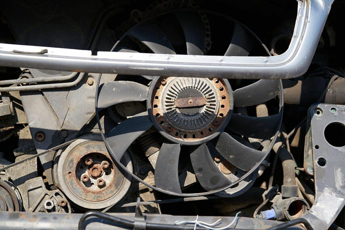 Сломанный вентилятор охлаждения также может вызвать перегрев