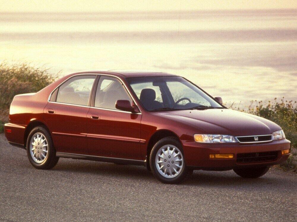 Honda Accord Джефф Безос приобрел, когда заработал первый миллиард