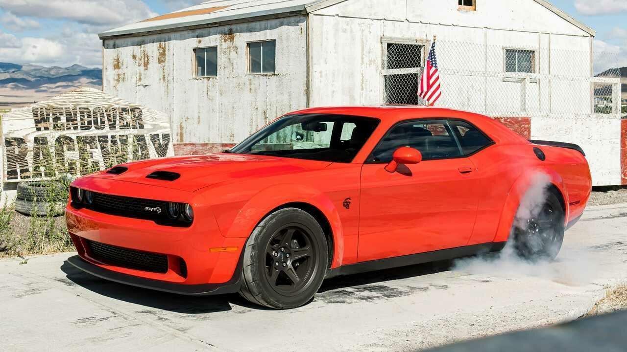 Последняя версия Dodge Challenger может разогнаться до 270 км/ч