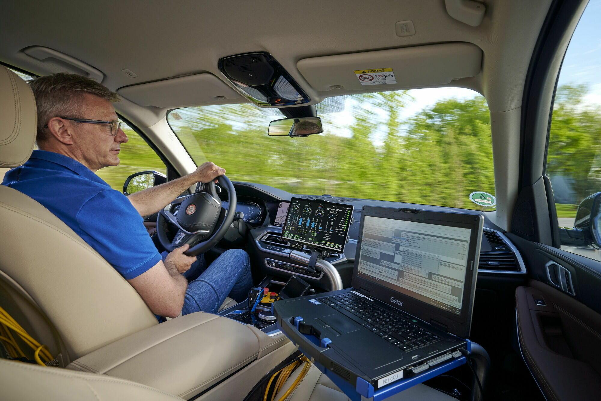 Дорожні тести кросовера дадуть можливість отримати практичний досвід використання технології Fuel Cell