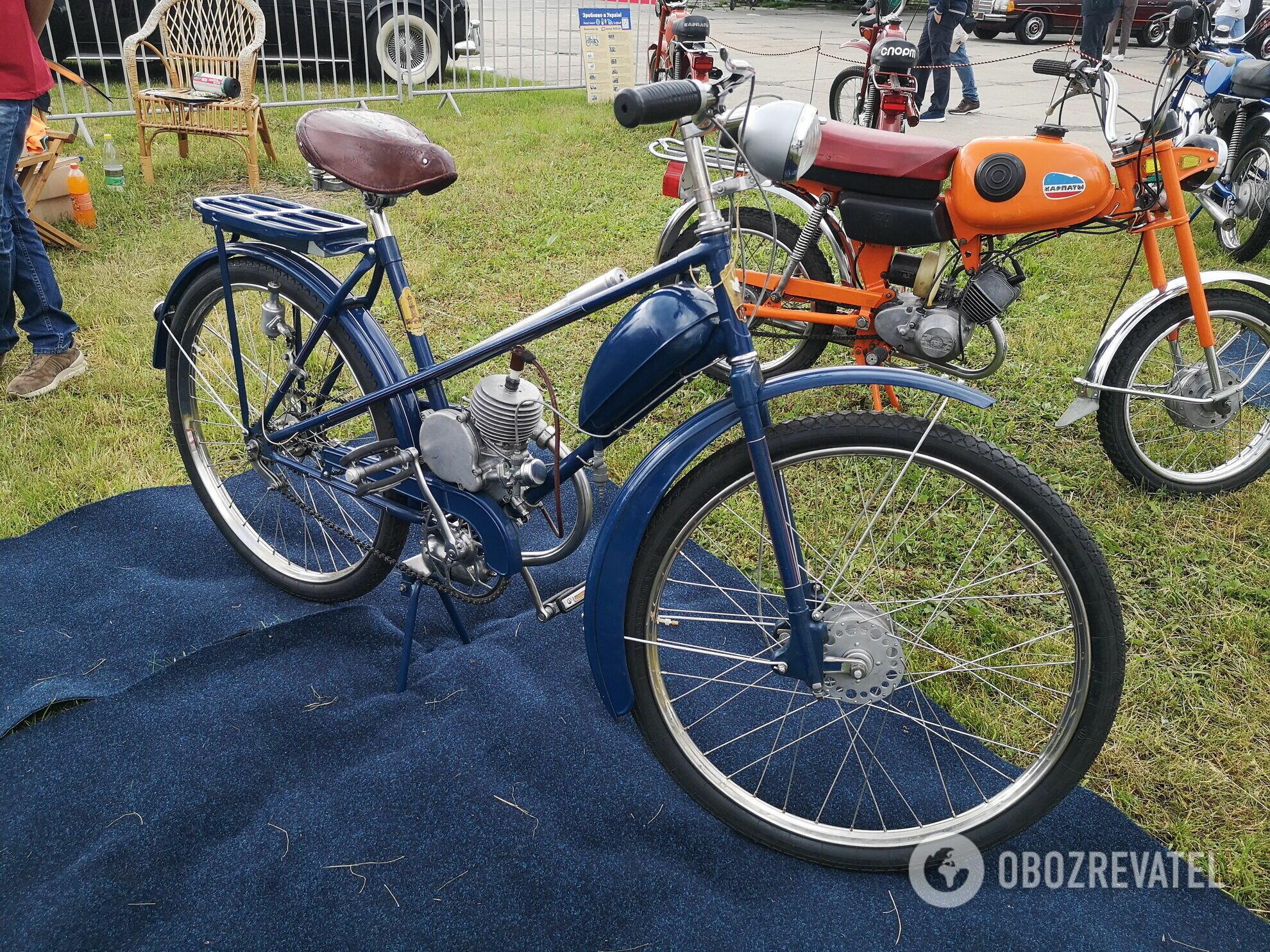 ЛВЗ В-902 – первый мотовелосипед Львовского завода