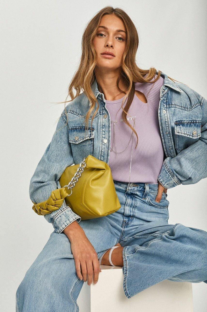 Модная укороченная джинсовка