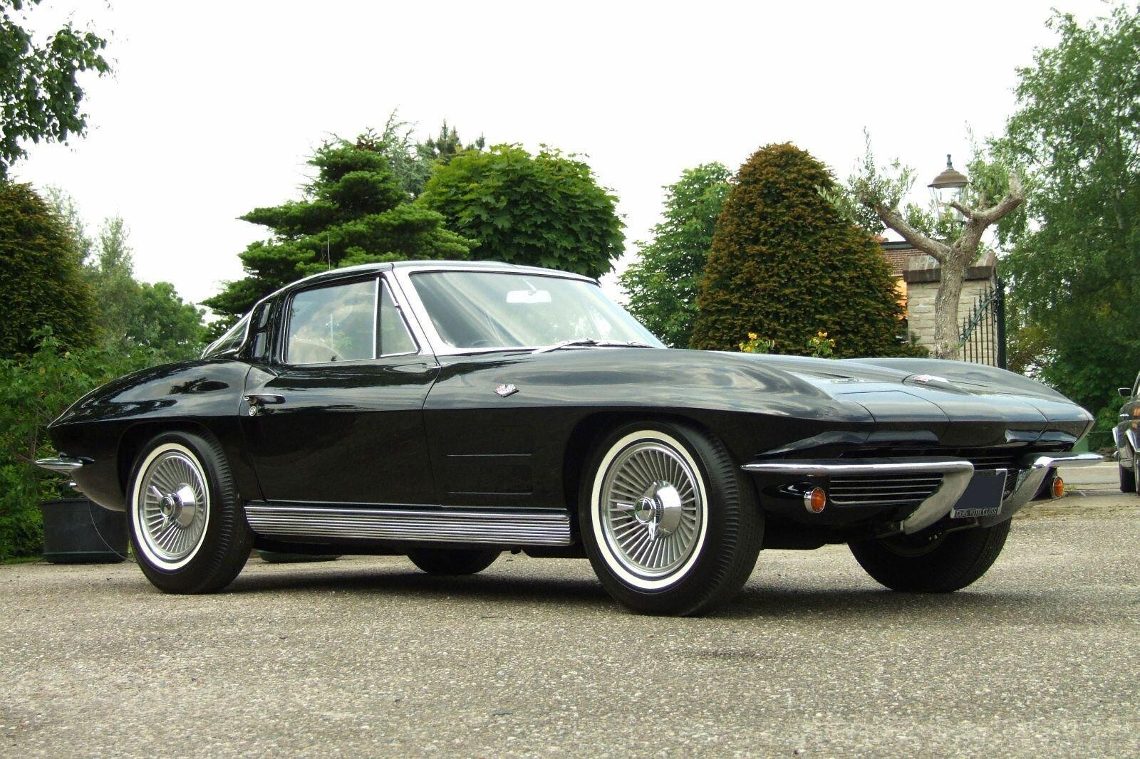 Corvette Stingray – знаковое купе с разделенным окном