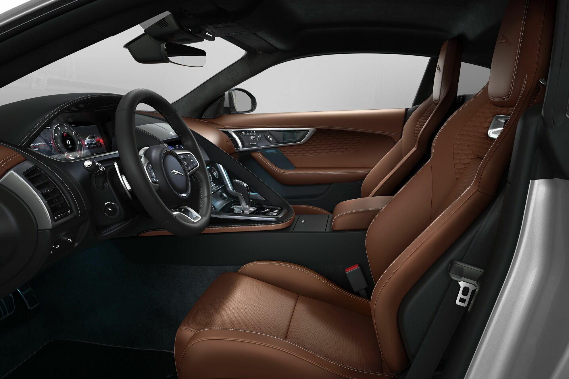 Салон Jaguar F-Type