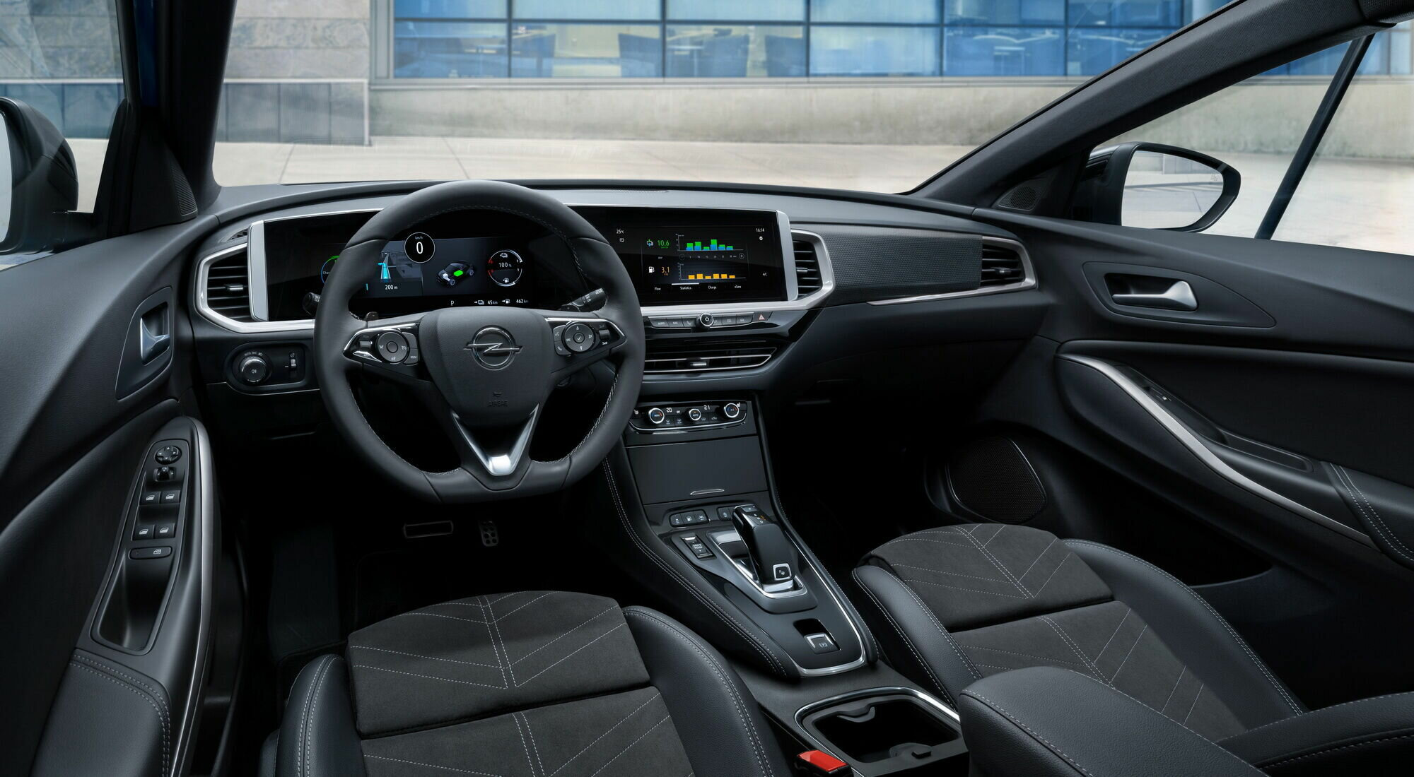 Цифровой кокпит Opel Pure Panel