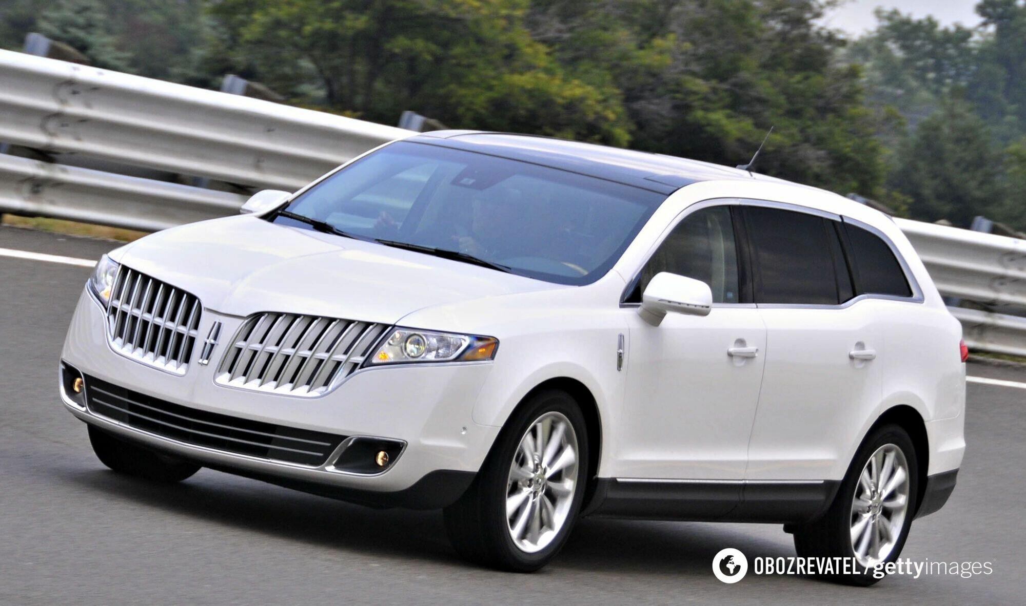 Lincoln MKT 2010 года выпуска