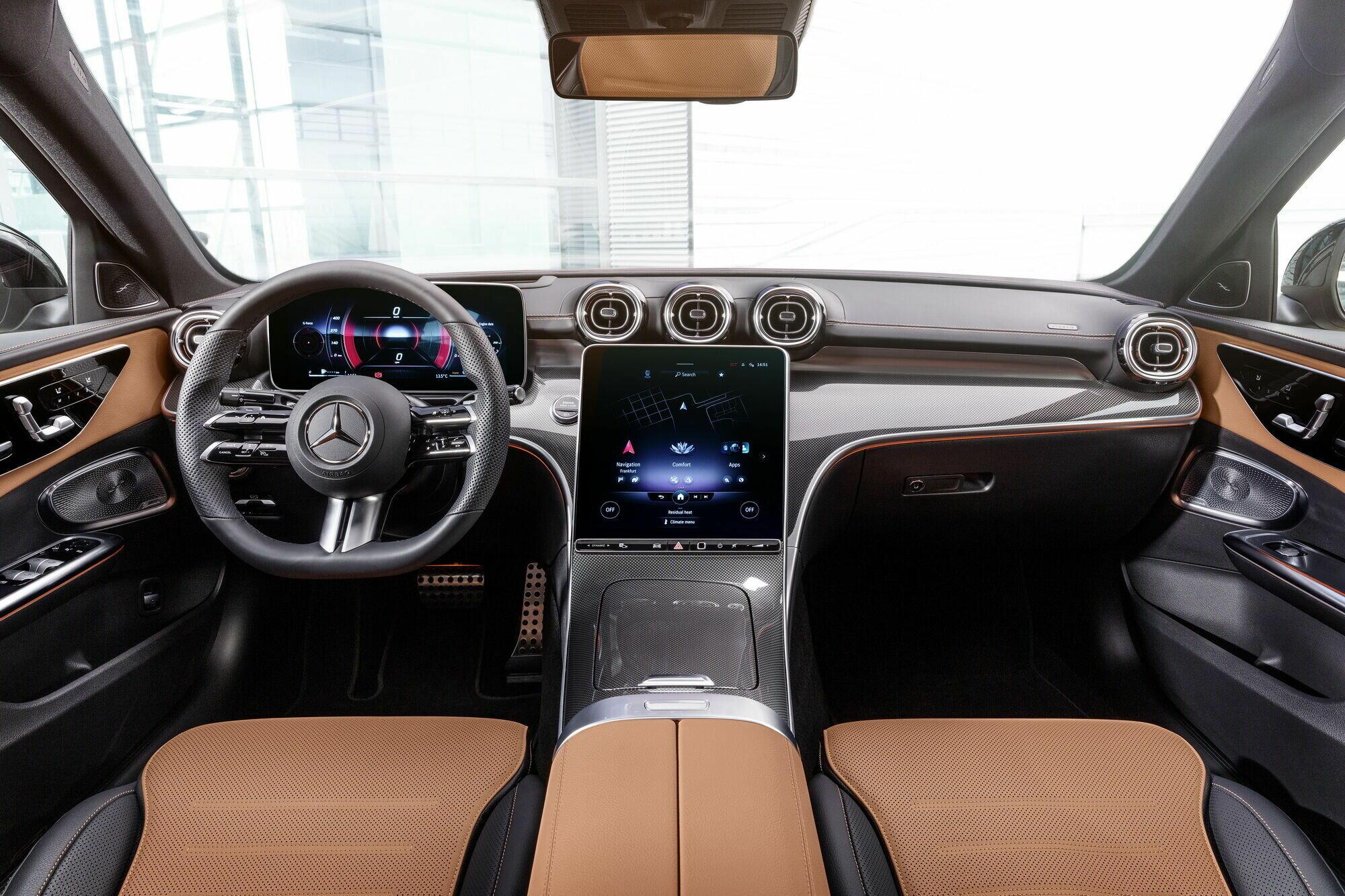 Салон нового Mercedes-Benz C-Class