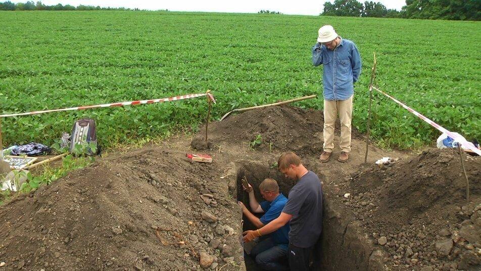 Исследователи наткнулись на каменную кладку