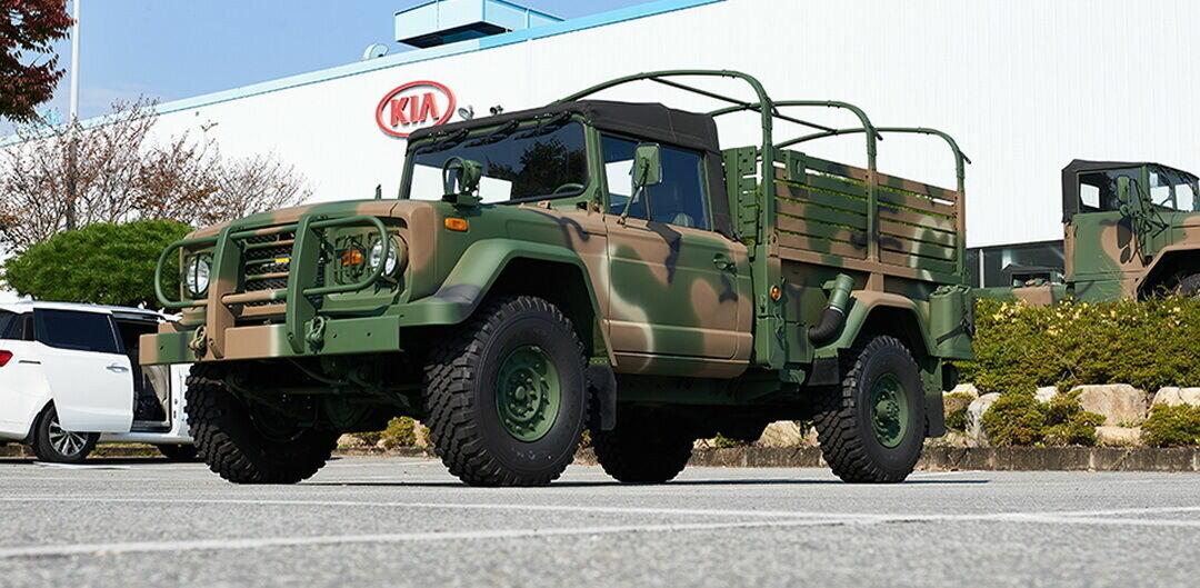 Корейский внедорожник Kia KM450 был представлен в 1998 году