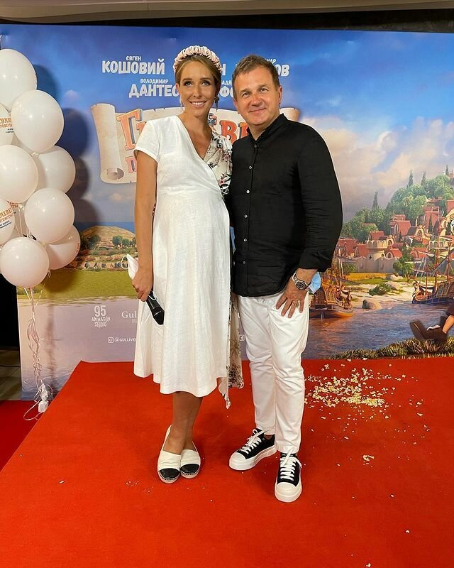 Юрий Горбунов и Катя Осадчая на премьере кино.