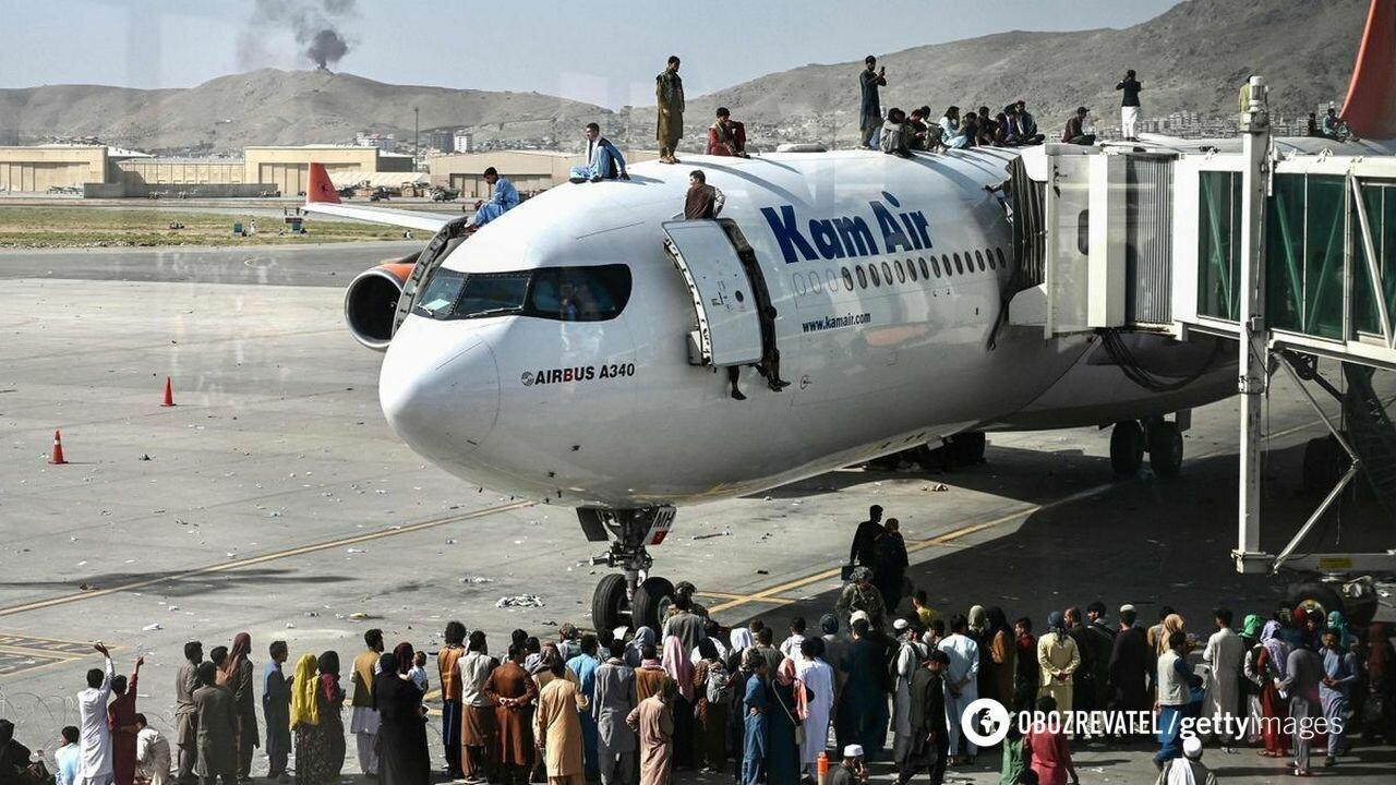 Афганцы всеми силами пытались покинуть Кабул