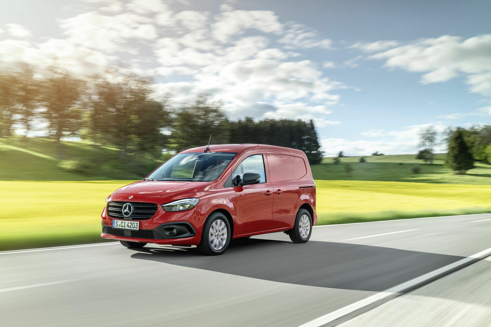 Дизайн экстерьера и интерьера Mercedes-Benz существенно поменялись
