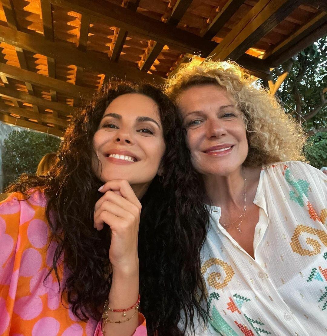 Настя со своей мамой Лидой.