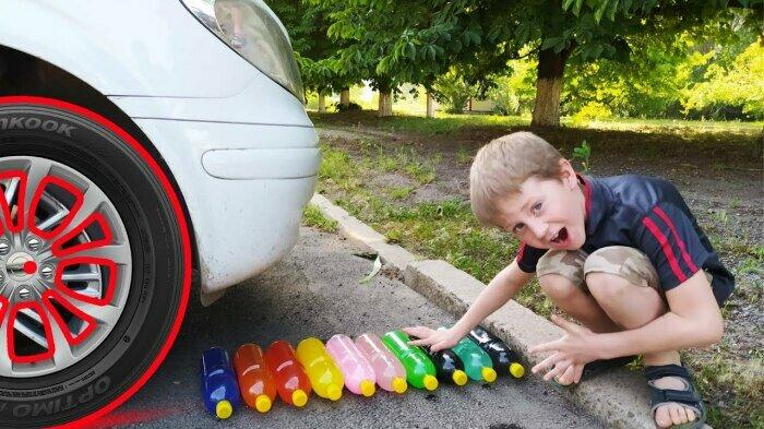 Научиться чувствовать расположение колес помогут простые пластиковые бутылки / Фото: YouTube