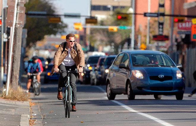 velosipedist-na-doroge.jpg&key=656ea733a