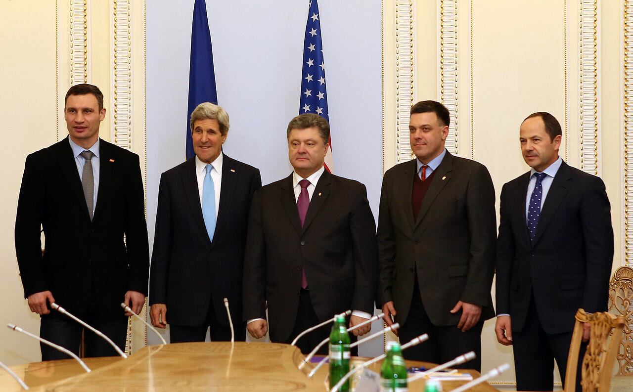1280px-Secretary_Kerry_Meets_With_Ukrain