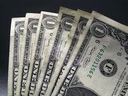 Межбанк закрылся долларом по 14,9