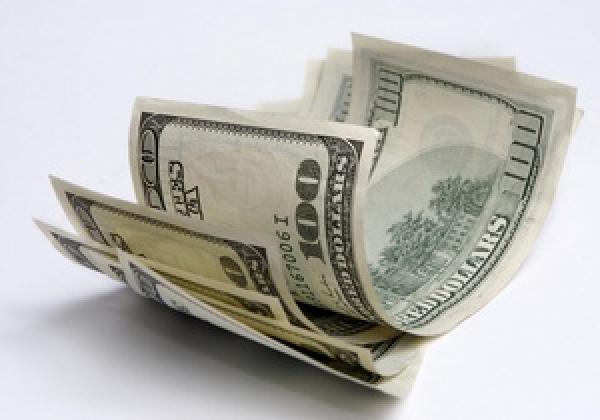 Гордый доллар снова поднимается