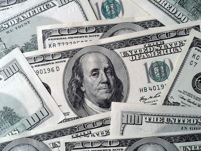 На валютном рынке паника