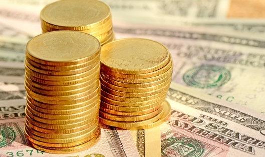 Национальная валюта продолжает терять в цене