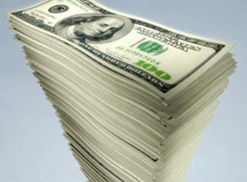 В понедельник доллар в банках перешагнет отметку 15 грн