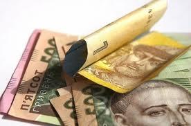 Межбанковский доллар положил гривну на лопатки