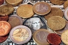 НБУ ослабил курс гривны к доллару