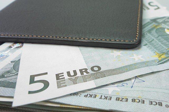 Банки теряют интерес к евро