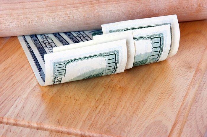 Падение доллара остановилось