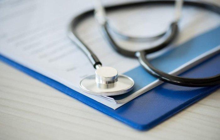 Граждан хотят насильно обеспечить медицинскими полисами