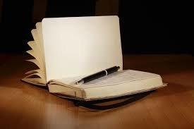 Книги жалоб собрались отменить: как это поможет бизнесу