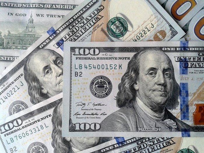 Нацбанк не дает доллару расти