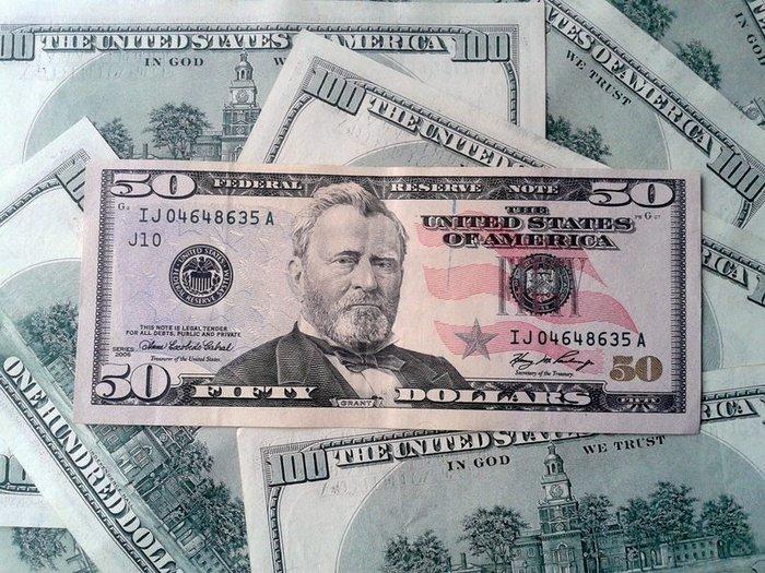 Доллар растет. Нацбанк наблюдает