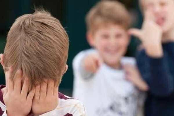 Бить детей дешевле, чем говорить на русском