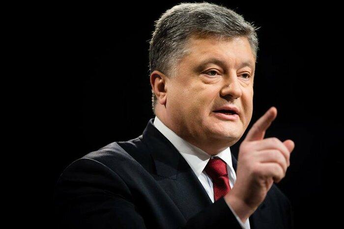Порошенко ответил на призыв Зеленского о дебатах на стадионе
