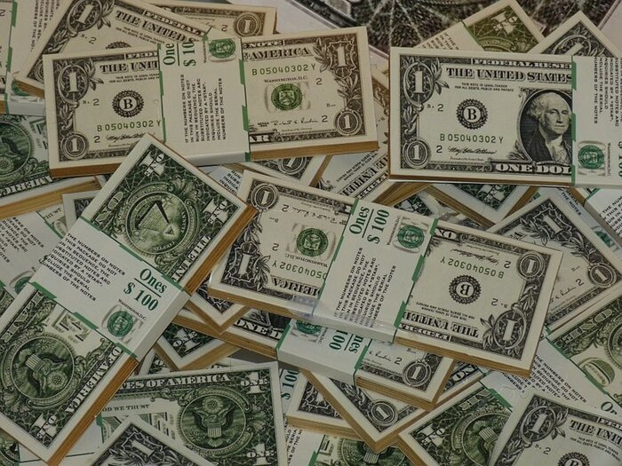 Доллар отскочил вверх