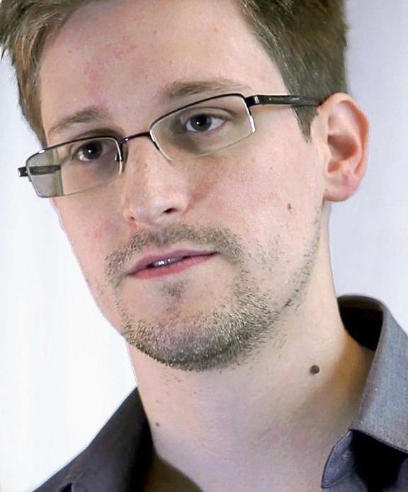 Проживающий в РФ Сноуден назвал условия возвращения в США