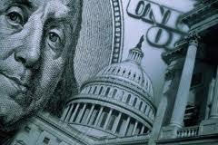 Гривна продолжает укрепляться к основным валютам