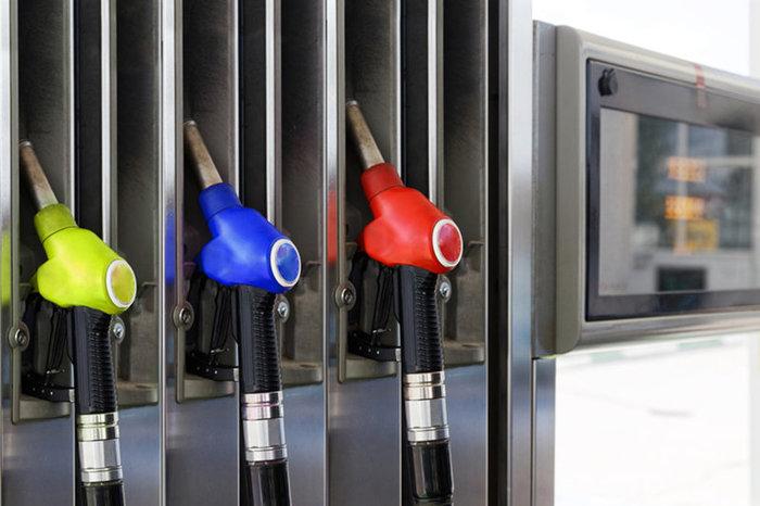 Цены на бензин: чего ждать водителям