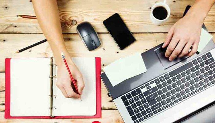Проживание в придачу к работе: кому и что предлагают